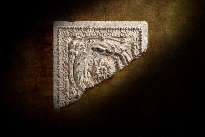 réplica de un fragmento de pilastra de la villa de chiragan